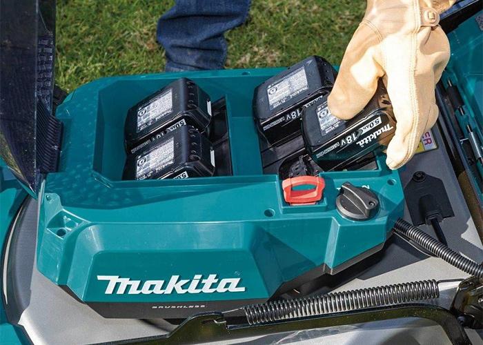 Аккумуляторная газонокосилка MAKITA SOFA-DLM462PT4 + ламзак