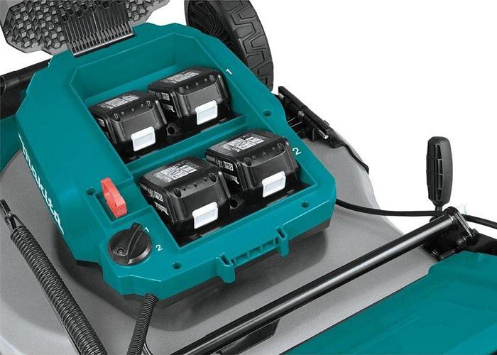 Аккумуляторная газонокосилка MAKITA SOFA-DLM530PT4 + ламзак