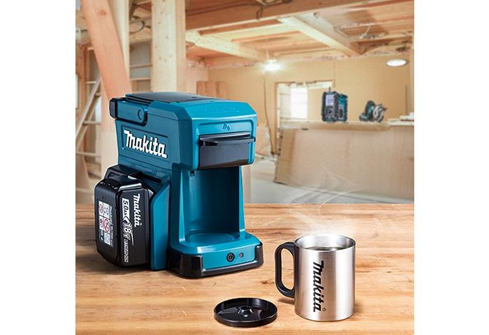 Аккумуляторная кофеварка MAKITA DCM501Z